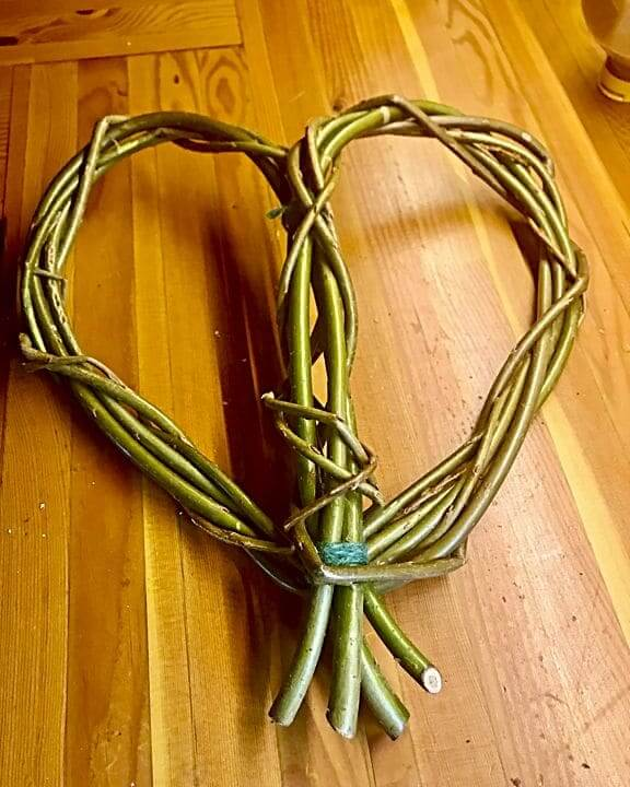 Basic base to willow heart wreath